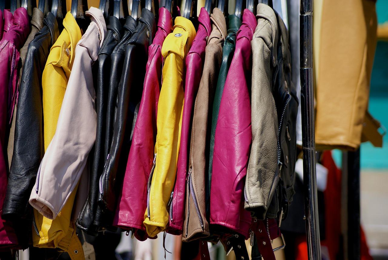 Clothing 842338 1280
