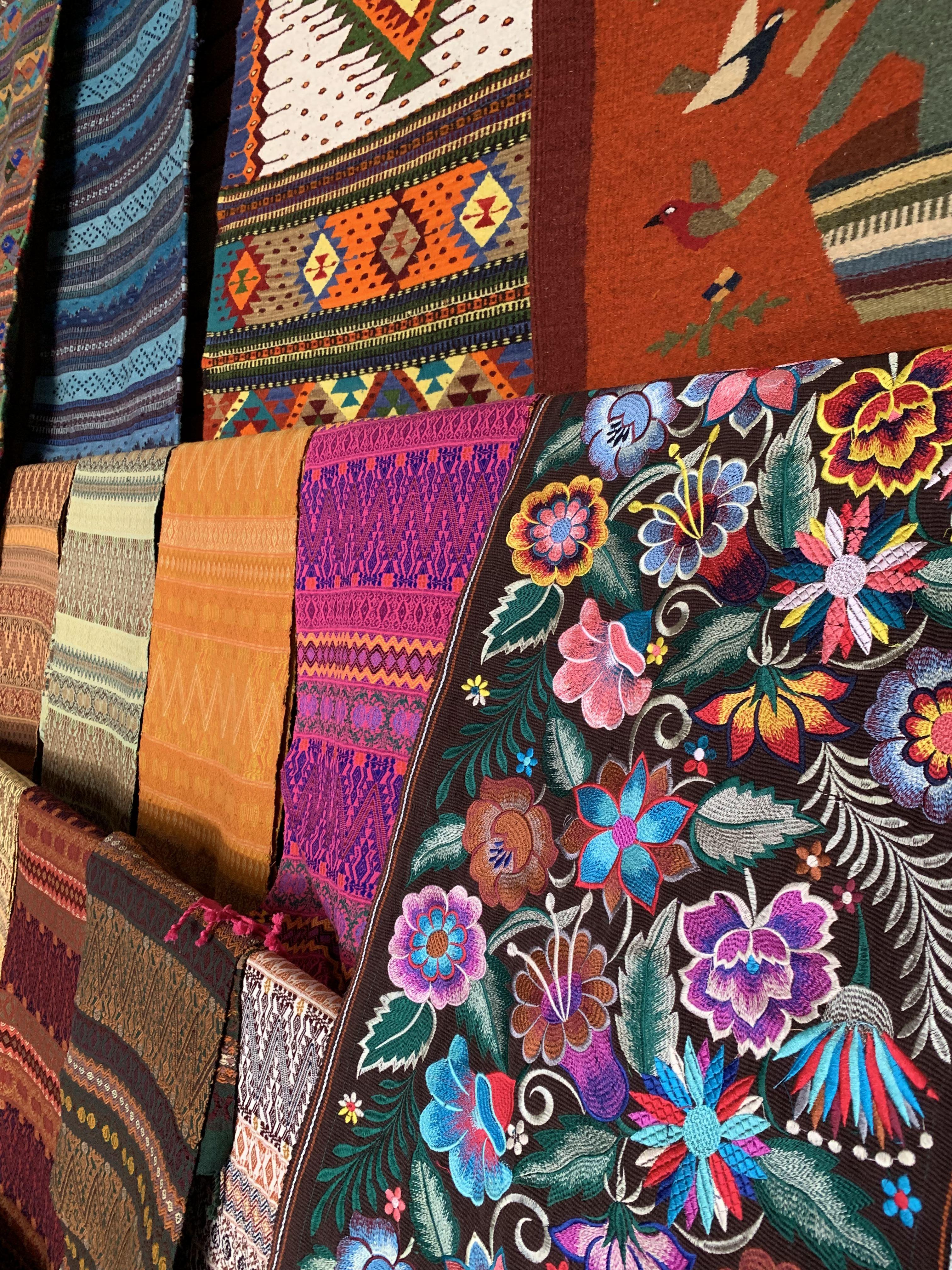 Textiles oaxaquen%cc%83os