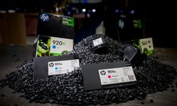 Browse partner hp x lavergne 0474 recycled plastic ready to become new hp cartridges